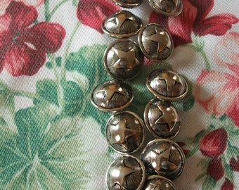 Set of 15 button