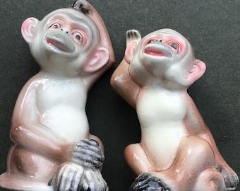 Vintage Ceramic Gemstone Monkey Monkies Salt Pepper Shaker Diamond Eyes Cute Kitsch