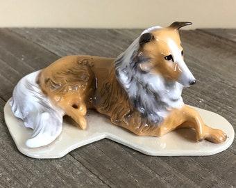 "Vintage Porcelain Collie Dog Miniature Figurine - 4"" Hagen Renaker Pedigree Line Laying Collie / Sheltie Shelf Sitter Mini Curio Lassie Dogs"