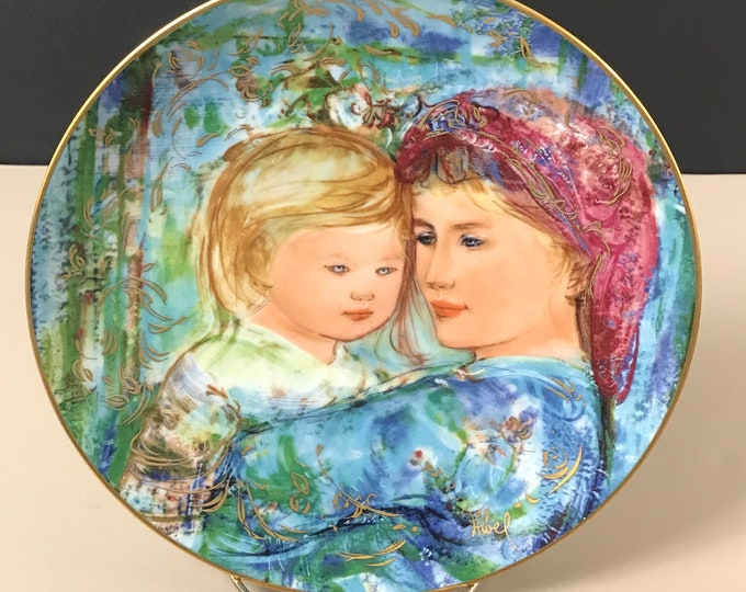 "Edna Hibel Mother's Day Series Collector Plate - ""Michele and Anna"" - 1991 Final Issue - Mother & Baby Art Decor - 18k Gold Porcelain Plate"