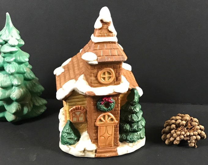 Vintage Christmas Church Music Box Perfect for Holiday Village Displays - Old Fashion Country Christmas Decoration - Wind Up Musical Church