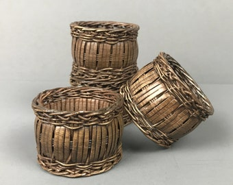 Vintage Boho Woven Napkin Rings - Set of 4 Wicker Style Napkin Holders - Bohemian Dining Table Decor - Modern Farmhouse Dinner Tablescape