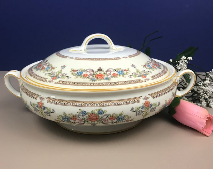 Aynsley Devonshire Covered Vegetable Serving Bowl / Soup Tureen - Fine English Bone China - Ivory & Gold Floral Design - Elegant Tableware