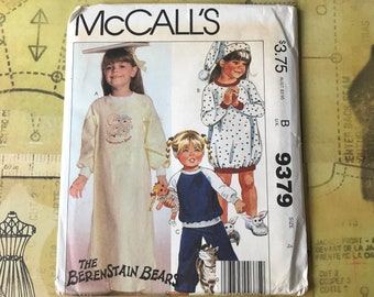 Girl's UNCUT Night Gown & Pajamas Pattern w/ Berenstain Bears Iron-on Transfer Child Size 4 - McCall's 9379 Factory Folded Sewing Pattern