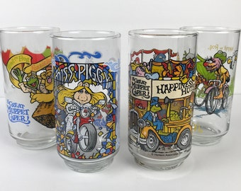 Complete Set of 4 The Great Muppet Caper McDonald's Glasses - 1980's Muppets Collectible Glass Cups Miss Piggy, Kermit, Fozzie, Gonzo Animal