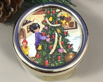 "Christmas Swiss Music Box - Plays ""Silent Night"" - Vintage Mapsa Small Musical Trinket - Mid-Century Christmas Decoration - Switzerland Made"