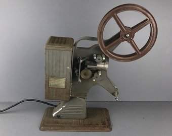 Antique Keystone Moviegraph 16mm Film Projector - Rusty but Working Vintage Model D-752 Projection Movie Player - Steampunk Industrial Decor