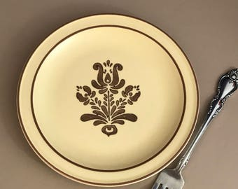 Pfaltzgraff Village Small Plate - Beige & Brown Replacement Dish - Salad Plate - Dessert Plate - Vintage Dishes - Country Kitchen Farmhouse
