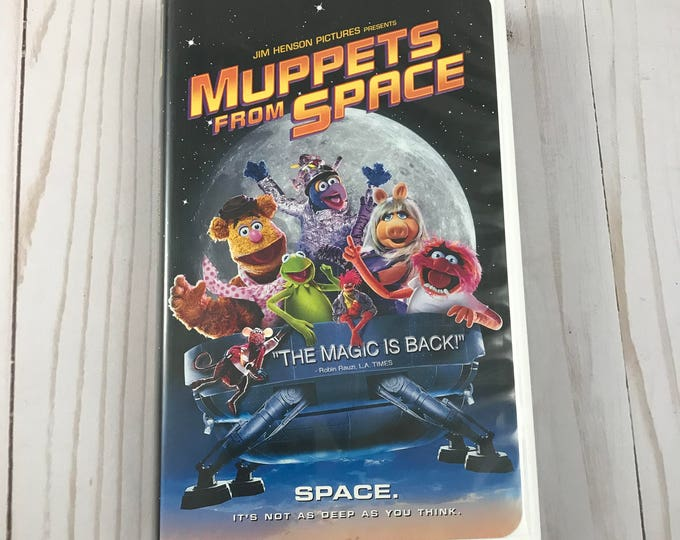 Muppets From Space VHS Movie - Jim Henson Film - Clam Shell Case - Family & Children Video - Kermit, Piggy, Gonzo - Columbia Pictures - VGC