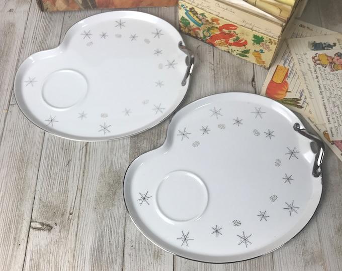 2 Atomic Snowflake Snack Plates - Mid Century Boomerang Shaped Dessert Dish Set - Vintage Silver & White MCM Luncheon Tea Sandwich Trays