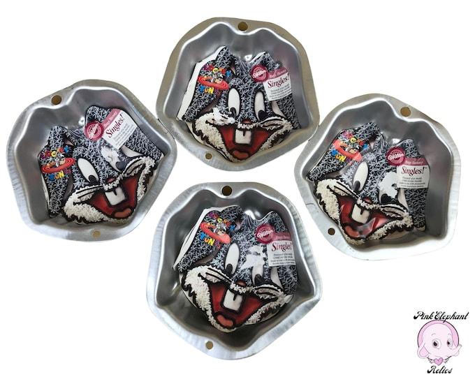 4 Wilton Bugs Bunny Singles Mini Cake Pans - 1996 Looney Tunes Themed Cupcake Pan Lot - Bugs Bunny Kid's Birthday Party Small Cake Pans