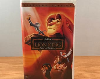 Disney's The LION KING VHS - Walt Disney Special Platinum Edition Home Video - Clamshell Case - Simba, Timon, Pumba, Scar - Cartoon Movie