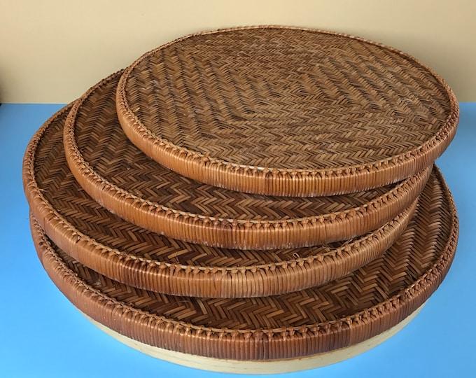 4 Large Round Woven Rattan Wicker Nesting Trays & Wooden Pedestal / Holder - Coastal Bohemian Wall Tray Basket Display - Boho Chic Wedding
