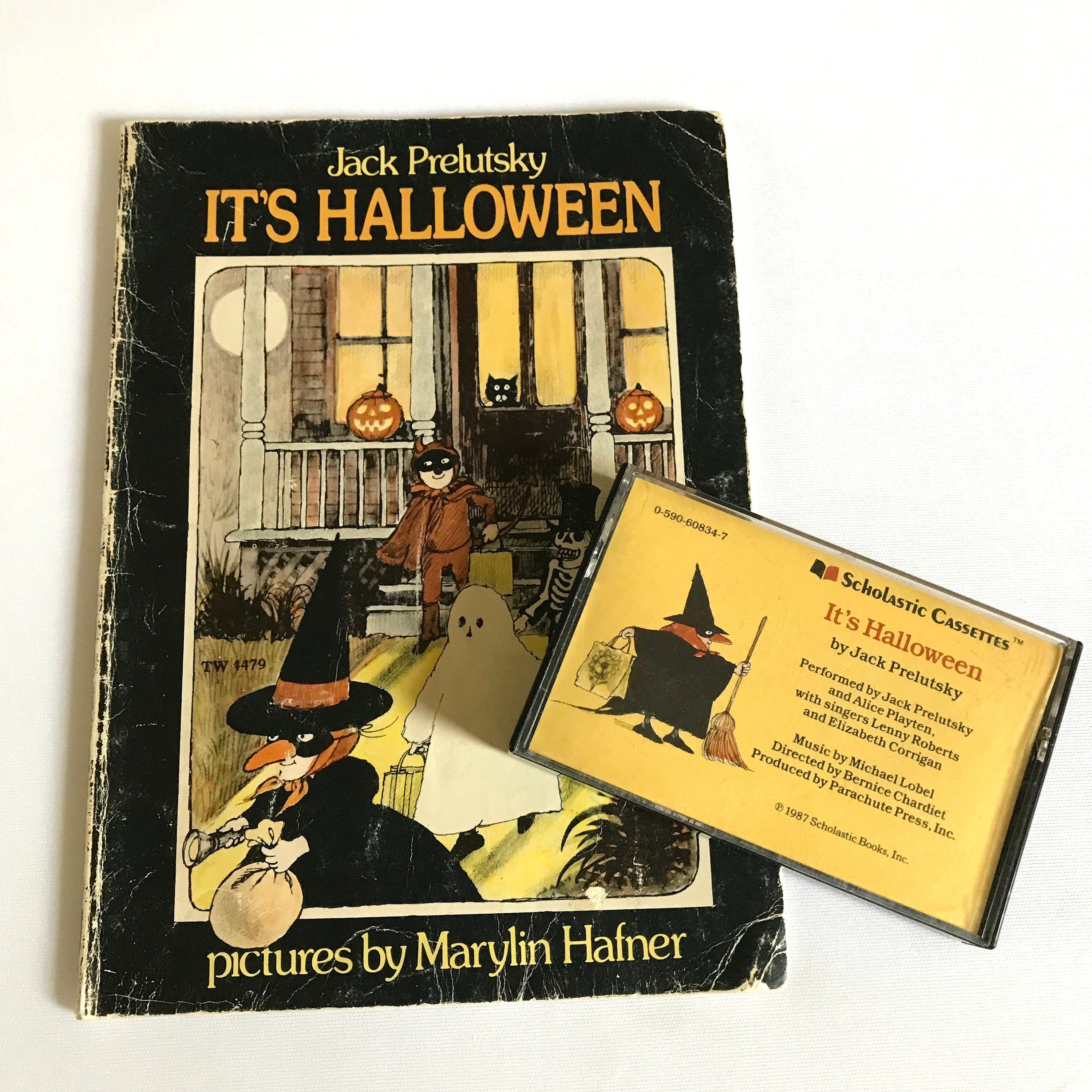 its halloween childrens book cassette tape set by jack prelutsky 1987 scholastic cassettes vintage paperback audio book set for kids
