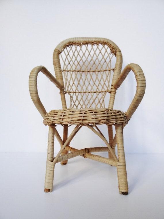 fauteuil en osier miniature vintage etsy. Black Bedroom Furniture Sets. Home Design Ideas