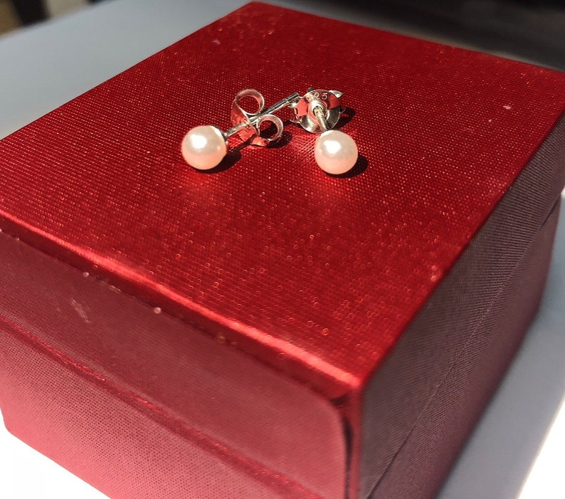 Sreema London 925 Sterling Silver Button 3 mm Pearl Earrings Studs for Women Perfect Gift