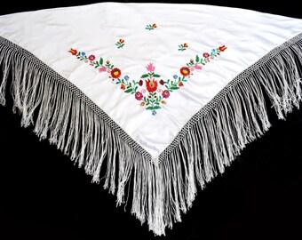 New Beautiful White Hand Made Hungarian Folk Matyo Floral Wearable Women Shawl