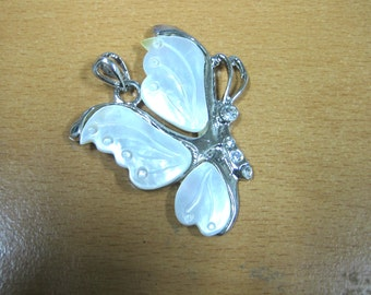 Mother of Pearl and Crystal Butterfly Pendant (1pc)