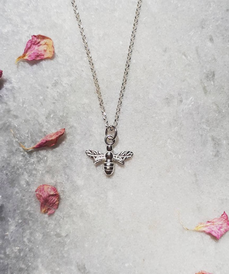 Silver Bee Necklace,Bee Necklace,Bumble Bee,Silver Jewellery,Silver Jewlery,Gift For Her