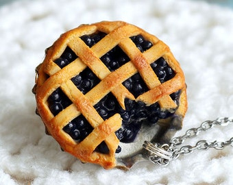 Handmade Polymer Clay Blueberry Pie Pendant (CHAIN Is NOT INCLUDED), Pie necklace Bluberry Jewelry Food Necklace Miniature Food Jewelry Cute