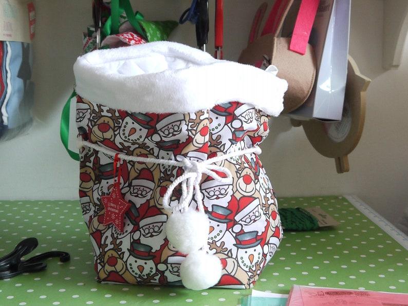 FREE UK SHIPPINGPersonalised Santa SackSnowball PonpomsChristmas Gift and DecorationHandmade and UnisexCustomised Santa Claus Sack