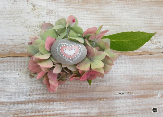 Pebbles * Hand Painted Pebbles * Pebble Art * Heart Paintings  *  Wedding Pebbles * original art * Favours * Pink Pebbles