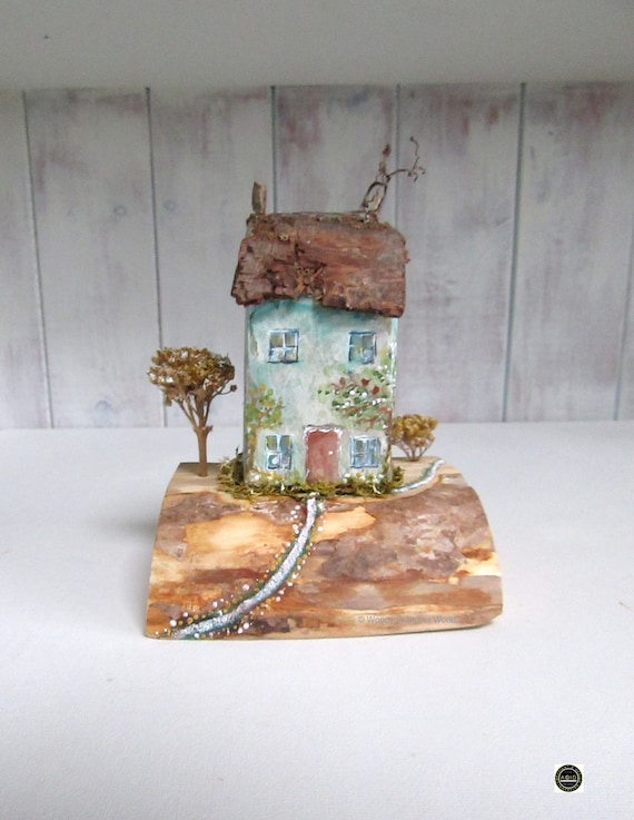 Driftwood * Wooden Cottage * Rustic ornament * Wooden Ornament * Coastal Cottage Country Scene * wooden model * Cottages * Handmade in Wales