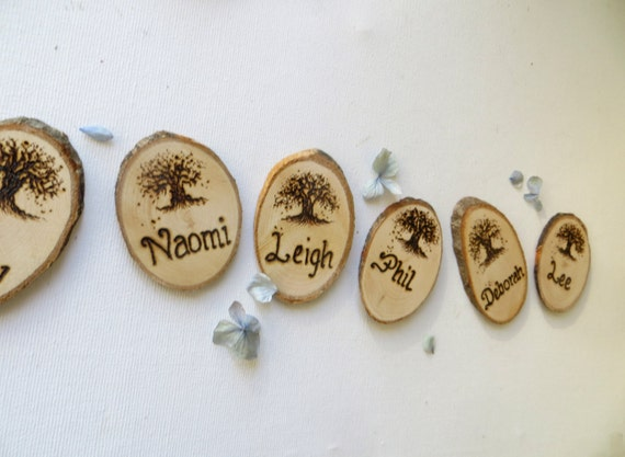 Wooden Tree Slices place name - Wedding  place cards - Personalised place settings - Escort Cards - Favours - Wood slice place setting