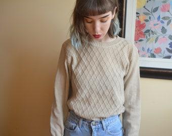 Beige Vintage Sweater with Diamond pattern