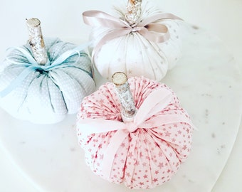 Lolli and Shell Star Sparkle pumpkins