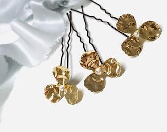 Gold flower pins set of 3