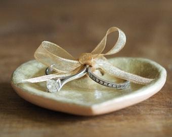 Ring bearer pillow alternative - Custom ring holder - Wedding ring holder - Clay heart wedding ring holder - Anniversary gift