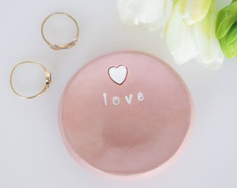 Love ring dish - Personalized jewelry dish - Personalized bridesmaid gift - Bridesmaid jewelry holder - Handmade wedding gift -Gift for her
