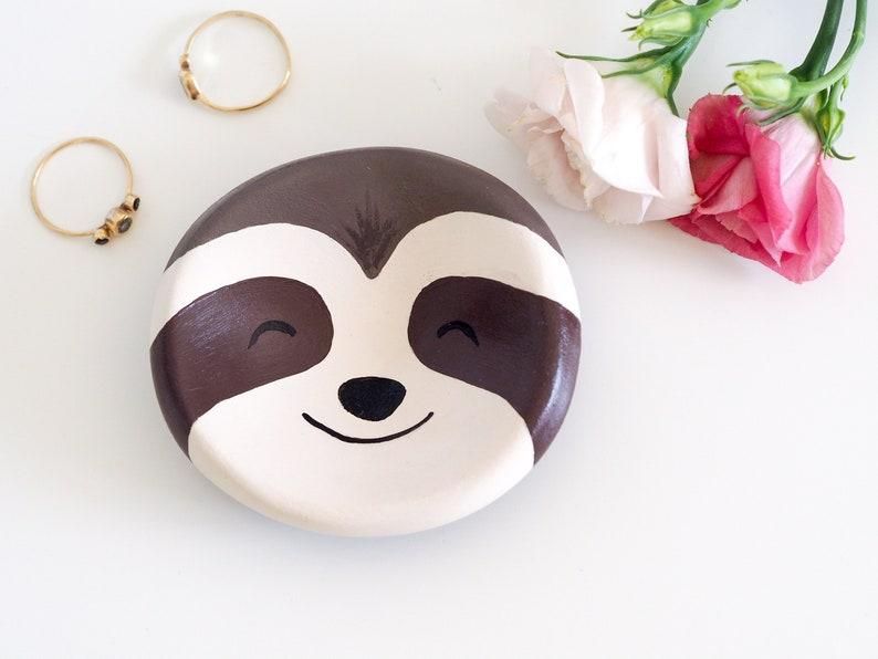 Sloth decor Sloth ornament Sloth jewelry dish Sloth gift Sloth art -Sloth jewelry holder -Animal art Sloth ring holder Ring dish