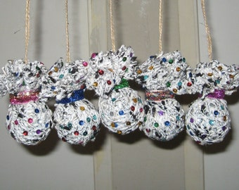 Handmade.New Year's Christmas Tree Ornaments. Lot of 5 balls