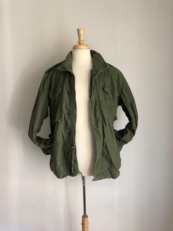 8dd2130fdd9 Vintage US Army Airborne Fatigue Jacket w  Hood