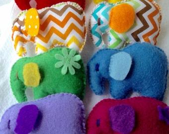 MADE TO ORDER** cute little felt elephant brooch- **you choose colour**