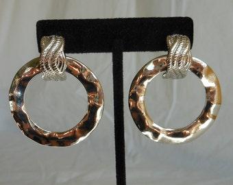 SALE 1980s Large Silver Rippled Hoop Earrings. Mod Style Silver Hoop Earrings. Large Unique Silver Hoop Earrings. Silver Hoop Earrings