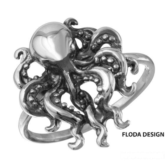 Baby Octopus Collier Céphalopode enfant Charme fait main en métal bijoux en étain