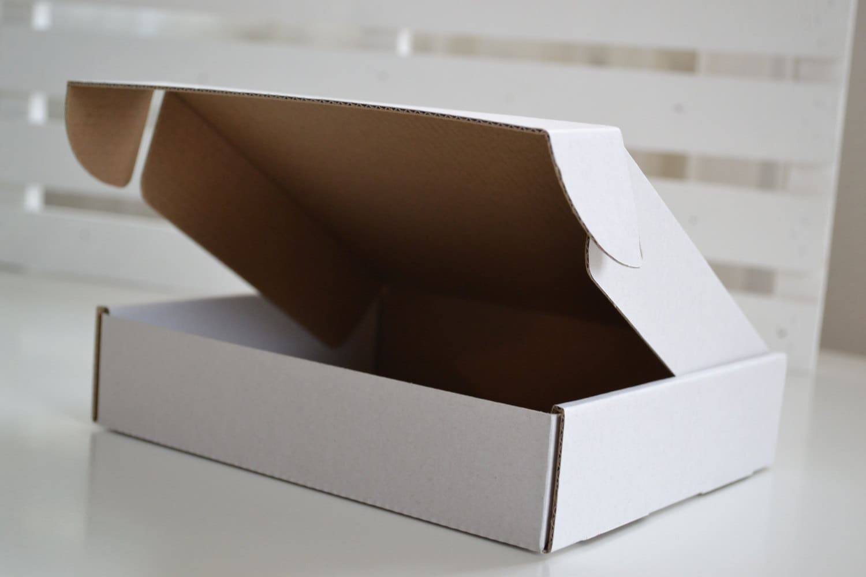 pack of 10 custom size corrugated cardboard boxes gift etsy. Black Bedroom Furniture Sets. Home Design Ideas