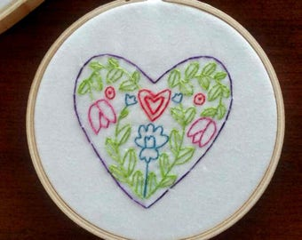 Folk Art Valentine Heart Embroidery 4 inch Hoop