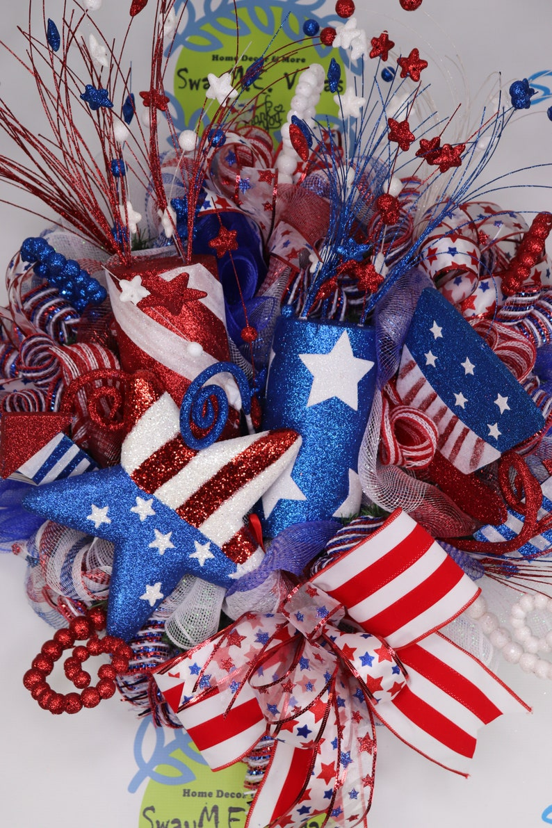 July 4th Fireworks Patriotic Stars and Stripes Wreath image 0