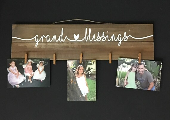 """Grand-blessings Sign, 5"""" x 20"""" wood pallet sign for photos, great gift for Grandparents, 5 photo clips - FREE US SHIPPING"""