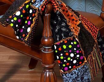 Halloween Quilt, XL size Rag Quilt, Black Cat Owl Pumpkin Fabric, Halloween Decor, Spooky Cute, Purple Halloween Blanket, Patched Perfect