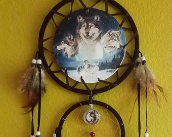"Large 27"" Handmade Native American Design WOLF DREAMCATCHER With Yin Yang Wolf Spirit Amulet or Native American, Dream Catcher"