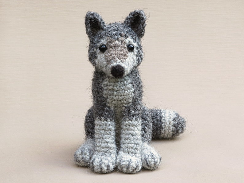 Woolfie realistic crochet wolf amigurumi pattern image 0