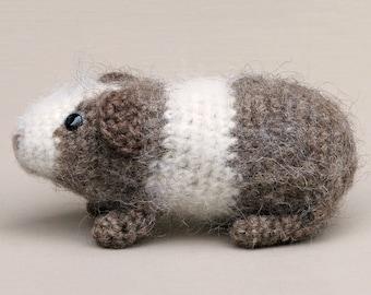 Amigurumi crochet guinea pig pattern