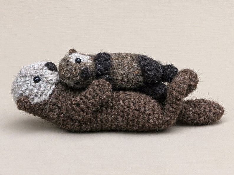 Realistic crochet sea otter and pup amigurumi pattern image 0