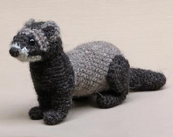 Bolthus, realistic crochet ferret or polecat amigurumi pattern