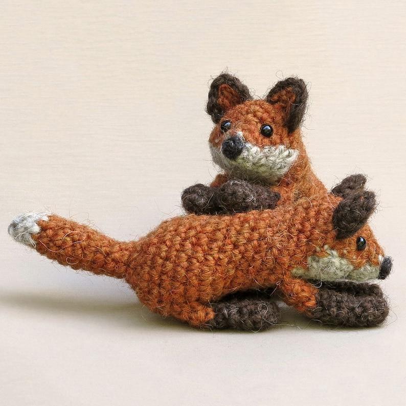 Little crochet foxes realistic amigurumi pattern image 0